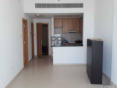 1 Bedroom Flat for Rent in Business Bay, Dubai - Hurry !!! Rent your house with a Lake view in a key Location