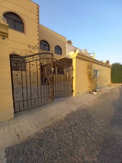 3 Bedroom Villa for Rent in Mohammed Bin Zayed City, Abu Dhabi - PRIVATE ENTRANCE WITH FRONT AND BACK YARD-SHADED CAR PARK