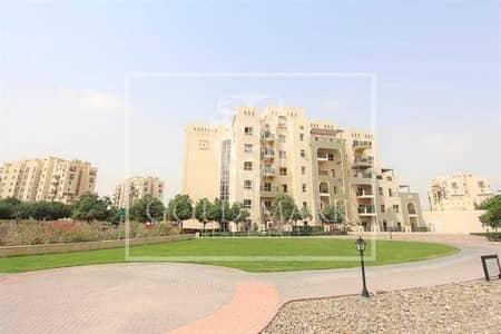 2 Bedroom Flat for Sale in Remraam, Dubai - Big Terrace | Vacant Unit | Semi Open kitchen