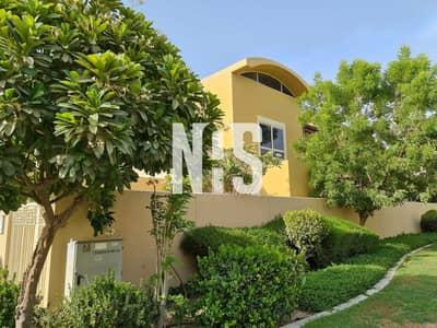 فیلا 5 غرف نوم للبيع في حدائق الراحة، أبوظبي - فيلا ديلوكس معدلة الى 6 غرف | مع مسبح و حديقة خاصة .