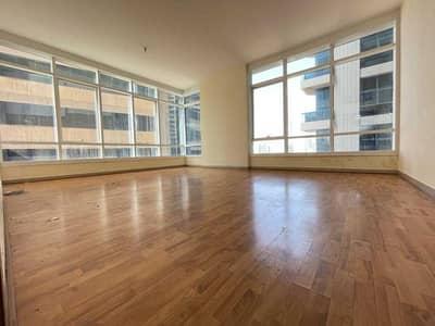 شقة 2 غرفة نوم للايجار في الخالدية، أبوظبي - شقة في برج غنادة الخالدية 2 غرف 75000 درهم - 5434320