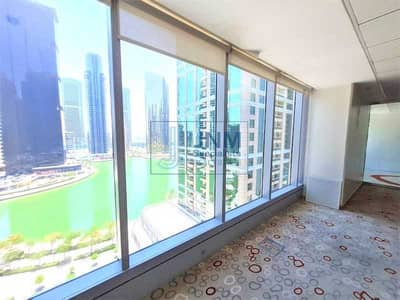 Office for Sale in Jumeirah Lake Towers (JLT), Dubai - A Grade tower |Full lake view | Next to JLT metro