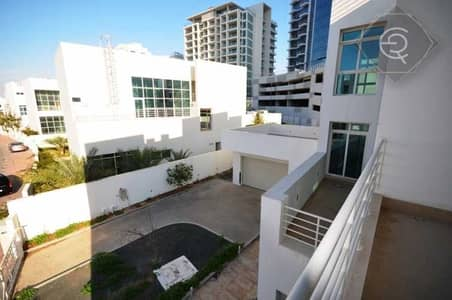 5 Bedroom Villa for Sale in Al Sufouh, Dubai - Modern Villa | Private Garden and Pool | Triplex