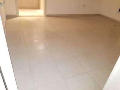 فیلا 4 غرف نوم للايجار في مدينة محمد بن زايد، أبوظبي - فیلا في المنطقة 3 مدينة محمد بن زايد 4 غرف 105000 درهم - 5435239