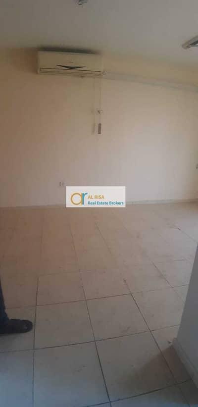 فلیٹ 1 غرفة نوم للايجار في الكرامة، دبي - Prime Location