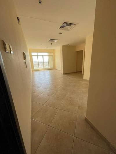 2 Bedroom Apartment for Rent in Dubai Silicon Oasis, Dubai - Spacious bright nd Nice 2 BR with ONE month free nd Huge balcony