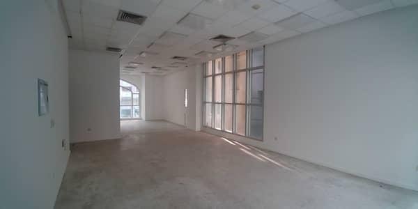 مکتب  للايجار في شارع الشيخ خليفة بن زايد، أبوظبي - مکتب في شارع الشيخ خليفة بن زايد 45000 درهم - 5437870