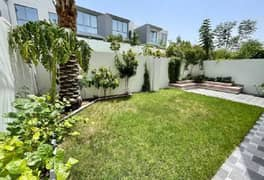 Beautifully landscaped 3BR+Maid facing Linear Park