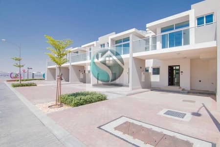 3 Bedroom Townhouse for Sale in DAMAC Hills 2 (Akoya Oxygen), Dubai - Distress Deal 3 Bed Townhouse In BaseWood  Damac Hills 2 ( Vacant)