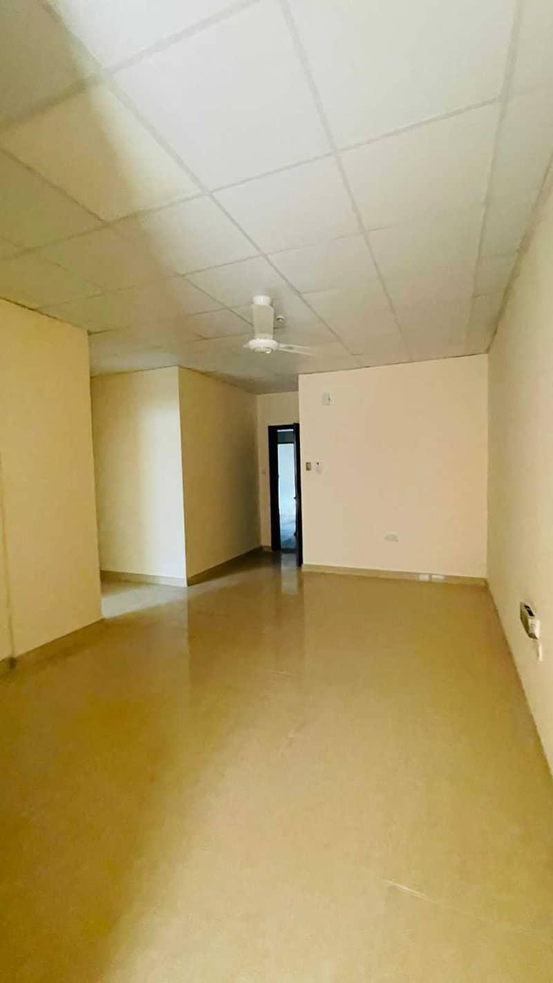 شقة في بناية إبراهيم رسول بوطينة 1 غرف 15999 درهم - 4831422