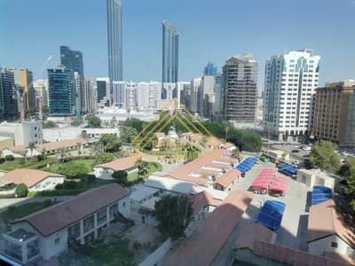 فلیٹ 4 غرف نوم للايجار في الحصن، أبوظبي - شقة في برج بينونة 1 الحصن 4 غرف 174999 درهم - 5438503