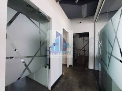 Office for Rent in Business Bay, Dubai - 06 car parking :Ready to Move Fully Fitted office for Rent