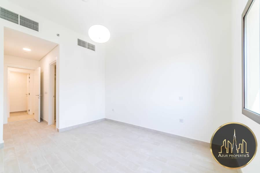 Large 1 Bed   High Floor   Golf  facing   Rented