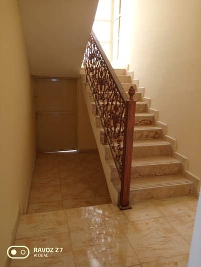 Villa for rent large area Al Rawda 2 close to all public services