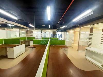 مکتب  للبيع في أبراج بحيرات الجميرا، دبي - Vacant   Semi Furnished   Arial View  High Floor