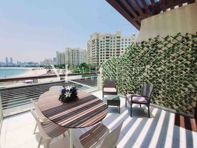 Studio for Rent in Palm Jumeirah, Dubai - Furnished   Upgraded   Sea View