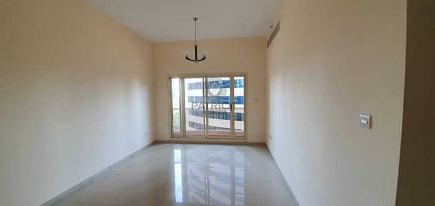 1 Bedroom Apartment for Rent in Barsha Heights (Tecom), Dubai - Spacious living room 1BHK |Closed Kitchen | Good Location | only 38k