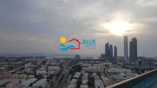 فلیٹ 4 غرف نوم للايجار في الخالدية، أبوظبي - Panoramic View 4 Master BR With Facilities.