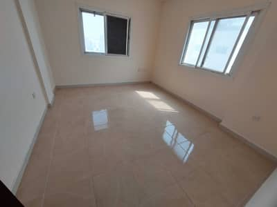 1 Bedroom Flat for Rent in Muwailih Commercial, Sharjah - Luxury and Big 1BHK with Closed Hall Prime Location Fire Station Road.