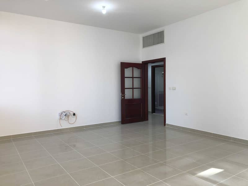 Spacious 2 Bed 2 Bath | with Free Parking