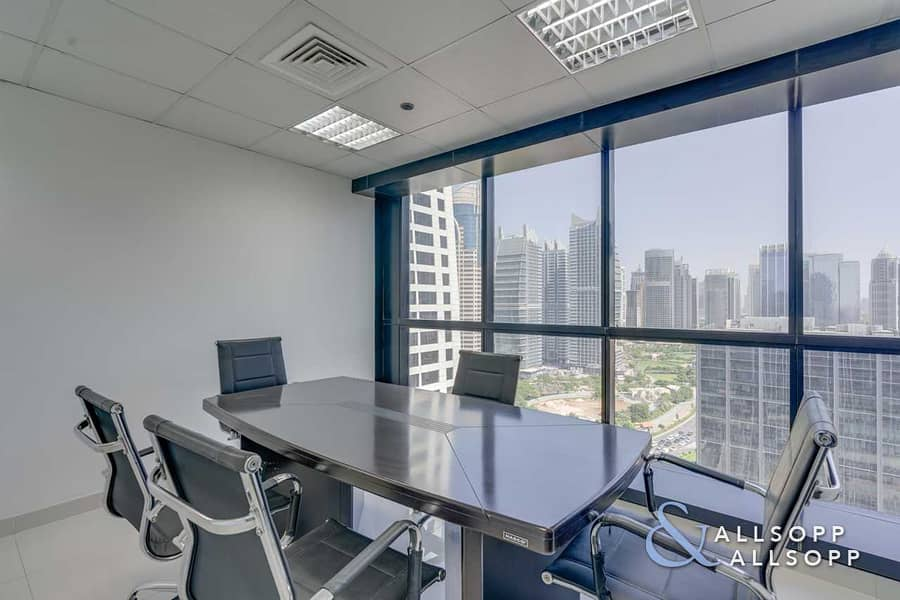 14 High floor | Partitioned | Close To Metro