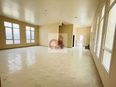 فیلا 4 غرف نوم للايجار في النوف، الشارقة - Massive 4-BR | 6 Bathrooms | 4 Master bedroom | Maids room | Prime location