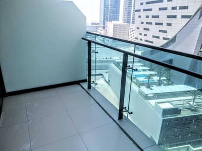 Studio for Rent in Business Bay, Dubai - Chiller Free_Studio_Kitchen Appliances