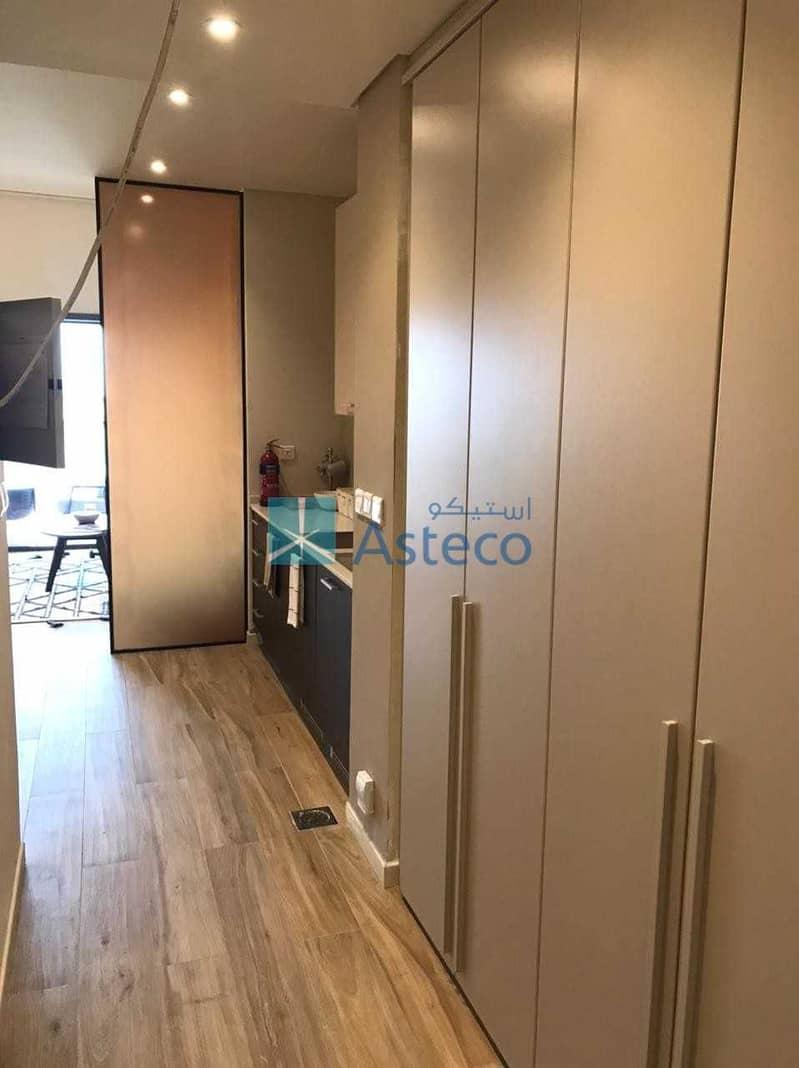 18 Spacious Studio Apartment with Modular Kitchen