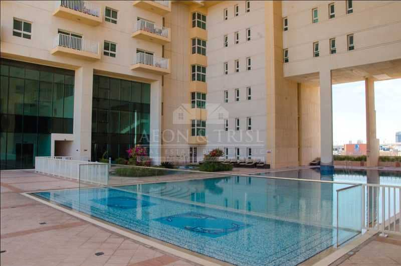 12 1 Bed with closed kitchen | High Floor | Great ROI