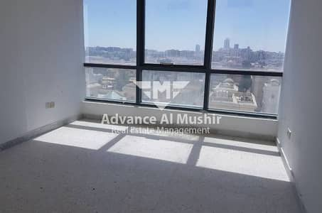 3BR APT with Huge Kitchen in Al Falah Street