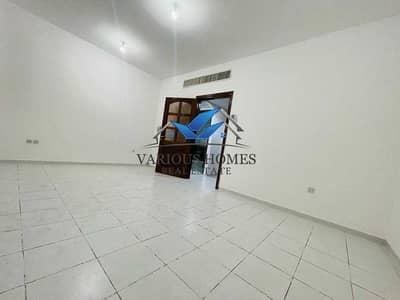 فلیٹ 1 غرفة نوم للايجار في المشرف، أبوظبي - Excellent 1BHK W/ 02 Bath
