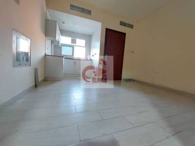 Studio for Rent in Muwailih Commercial, Sharjah - Studio With one Month Free Near City Centre Al Zahia