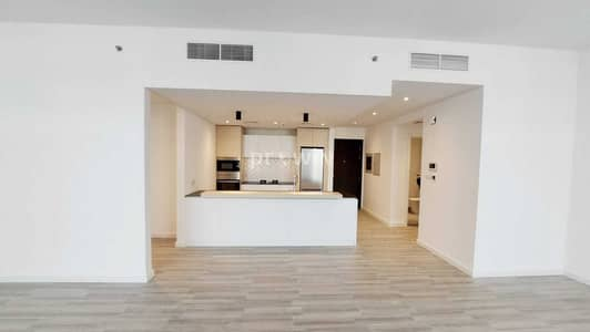 شقة 1 غرفة نوم للبيع في قرية جميرا الدائرية، دبي - Beautiful 1BHK  with pool view and direct access to pool  | Huge terrace