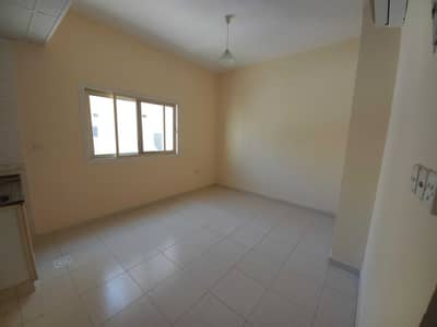 Studio for Rent in Muwailih Commercial, Sharjah - Cheapest offer | Ready to move studio with central ac only 9k in muwaileh