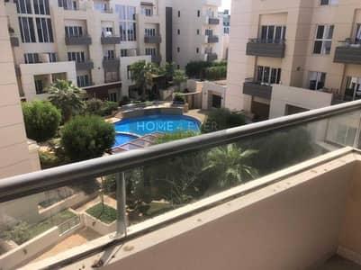 استوديو  للايجار في قرية جميرا الدائرية، دبي - Partition Studio | Separate Living Area & Bedroom | Pool View