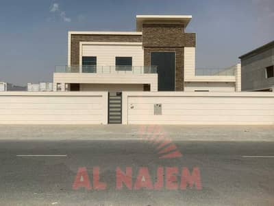 5 Bedroom Villa for Sale in Hoshi, Sharjah - Villa for sale in Sharjah. You have freedom. With electricity and all services. Central air conditioning