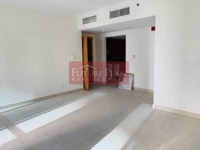 1 Bedroom Apartment for Sale in Jumeirah Lake Towers (JLT), Dubai - Large 1BR Apartment |Next to Metro Station | SZR View | 2 Balcony | Global Lake View, Jumeirah Lake Towers, Dubai