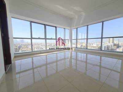 فلیٹ 4 غرف نوم للايجار في بر دبي، دبي - chiller free | 4+maids room |1 month free| amazing view