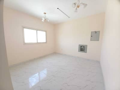 1 Bedroom Flat for Rent in Al Qulayaah, Sharjah - Brand New Ready to Move 1Bhk Central Ac, Central Gas just in 19k