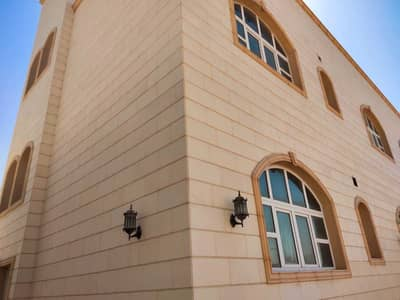 6 Bedroom Villa for Rent in Mohammed Bin Zayed City, Abu Dhabi - 6 BED ROOM WITH TWO KITCHEN MAJLIS AND SALAH DRIVER ROOM VILLA IN MBZ