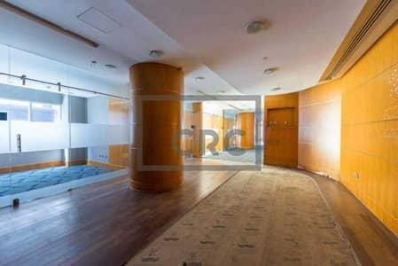 محل تجاري  للايجار في محيصنة، دبي - Chiller free 2 months free Metro