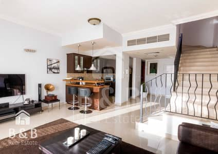 2 Bedroom Townhouse for Rent in Al Hamra Village, Ras Al Khaimah - 12 Cheques - Stunning Furnished and Upgraded 2 BR TC Townhouse
