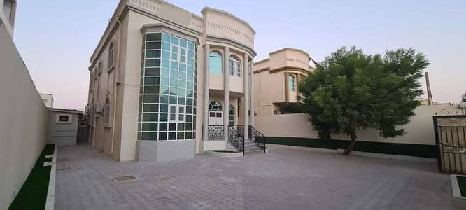 Villa for rent in Ajman, Al Mowaihat 3  two floors  5 rooms, a hall and a h