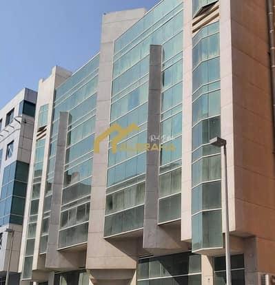 مبنی تجاري  للبيع في آل نهيان، أبوظبي - مبنی تجاري في آل نهيان 24500000 درهم - 5441452