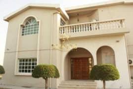 5 BR Villa | Private Garden | Perfect Condition