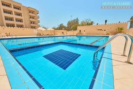 1 Bedroom Apartment for Rent in Al Hamra Village, Ras Al Khaimah - Full Golf View - Closed Kitchen - Excellent Location