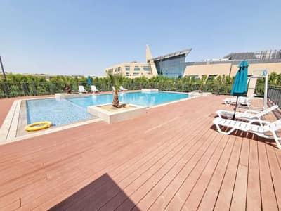 فلیٹ 2 غرفة نوم للايجار في تجارية مويلح، الشارقة - شقة في ذا سكوير 2 تجارية مويلح 2 غرف 46000 درهم - 5451255
