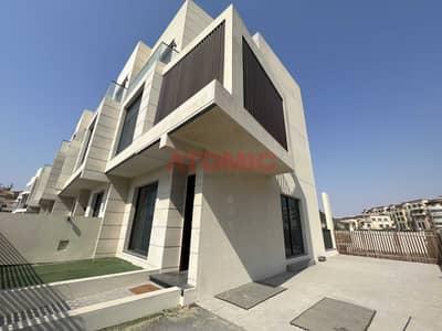 فیلا 4 غرف نوم للبيع في قرية جميرا الدائرية، دبي - Corner Large   4Bed+Basement  Vacant   Shared Pool