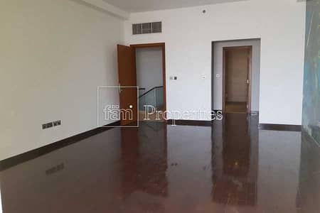 2 Bedroom Townhouse for Sale in Palm Jumeirah, Dubai - Investment Opportunity | Sea Views