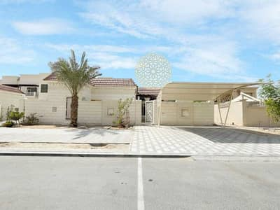 2 Bedroom Villa for Rent in Khalifa City A, Abu Dhabi - SUPER DELUXE 2 BEDROOM PRIVATE MULHAQ FOR RET IN KALIFA CITY A